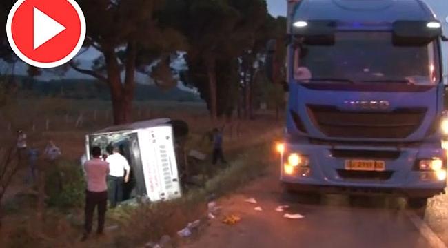 Yolcu Midibüsü Tırla Çarpıştı: 30 Yaralı