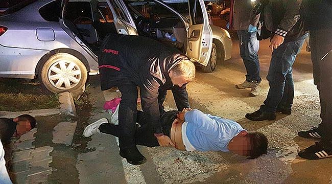 POLİSE ATEŞ AÇAN ÜÇ KİŞİ YAKALANDI