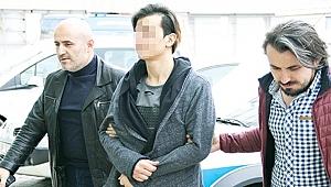 Samsun'da 18 yaşındaki genci sokakta hastanelik eden travesti yakalandı