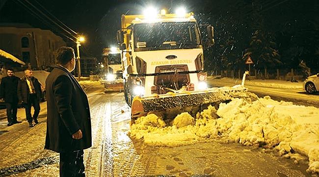 Atakum'da 24 saat kar mesaisi
