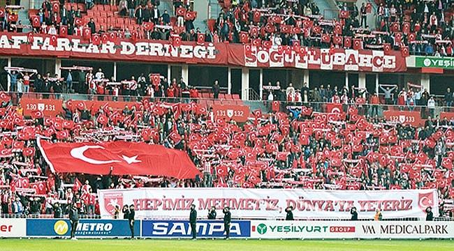 Büyükşehir Belediye Erzurumspor maçını kaç kişi izledi?