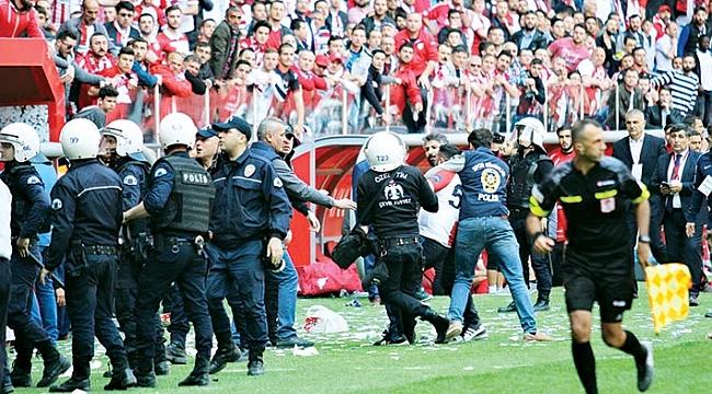 Samsunspor-Denizlispor maçı sonrası gerginlik