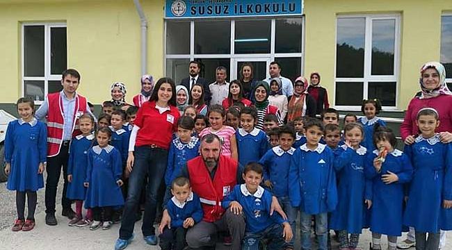 Genç Kızılay'dan okulda renkli etkinlik