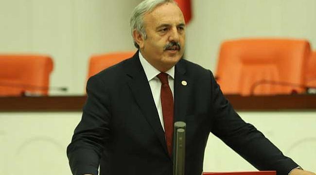 Yaşar'dan TRT'ye kinayeli dokunuş!