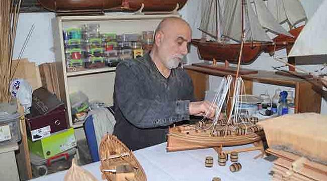 Emekli öğretmenin maket gemi hobisi