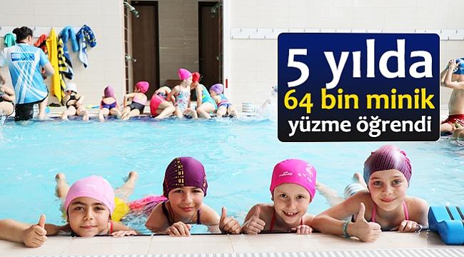 5 yılda 64 bin minik yüzme öğrendi