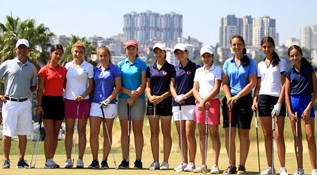 Milli golfçülerden  Samsun'da kamp