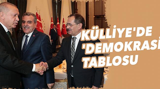 KÜLLİYE'DE 'DEMOKRASİ' TABLOSU