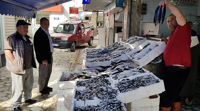 Bafra'da balık  tezgahları coştu
