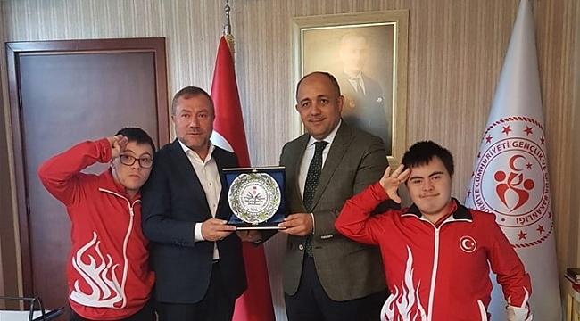 KASAPOĞLU'NA 'ÖZEL' ZİYARET
