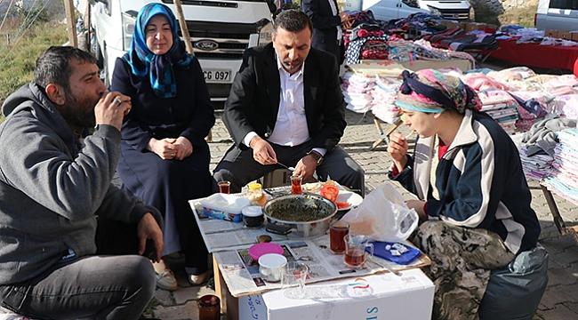 Halk pazarında halk günü