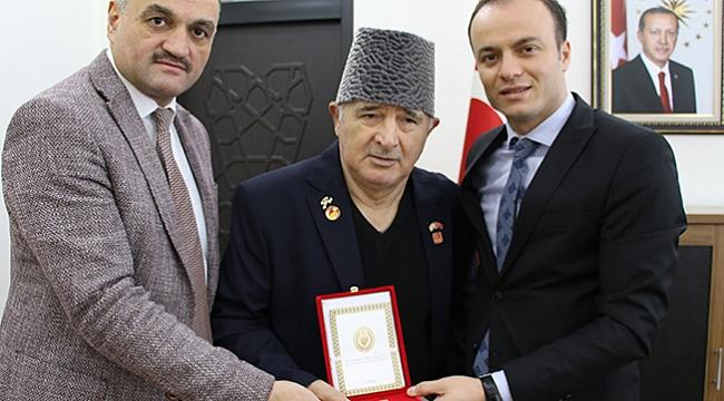 Kıbrıs gazisine madalya
