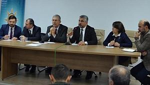 AK Parti'den Ladik'te toplantı