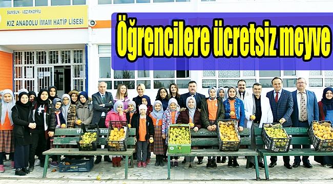 Öğrencilere ücretsiz meyve
