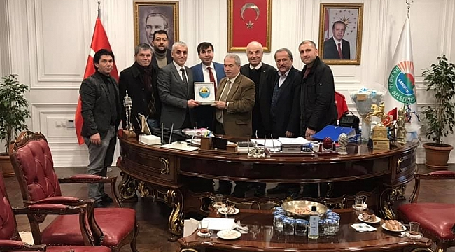Başkan Demirtaş'a doğum günü sürprizi