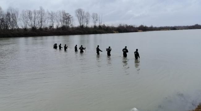 Irmakta kaybolan kişi 19 gündür bulunamadı