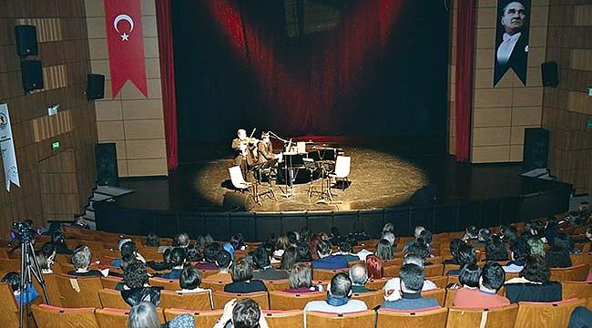 OMÜ'de muhteşem konser