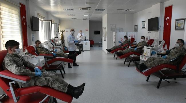 9 jandarma personelinden immün plazma bağışı