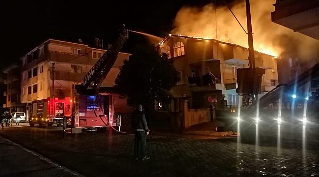 Çarşamba'da çatı yangını