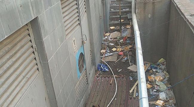 Kent merkezi çöplüğe döndü