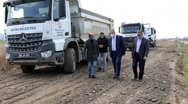 Bafra'da yol-kaldırım çalışması