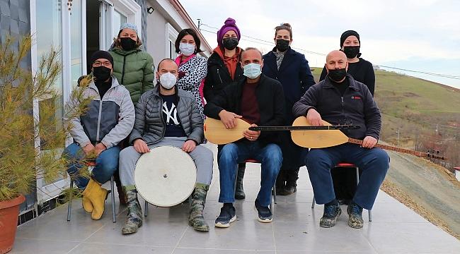 Türkü evleri onların hayatı