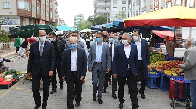 Atakum'da 12 pazar yeri eşzamanlı açıldı