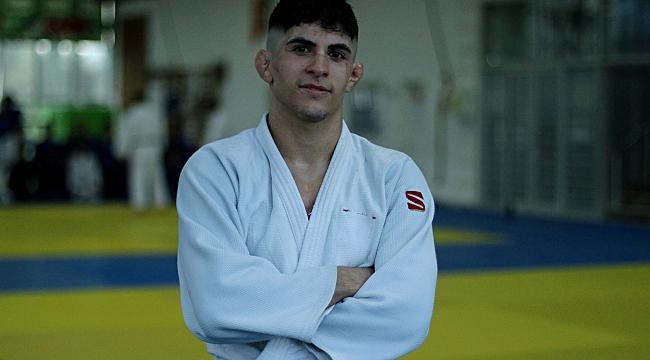 Emirhan'ın hedefi Avrupa şampiyonluğu