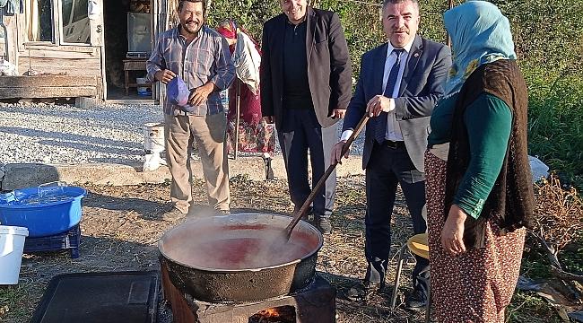 Özdemir'den mahalle ziyareti